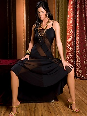 India Summer brings you back to a dimly lit storeroom and invites you to share her secret, decadent sexual fantasies. This sexy social